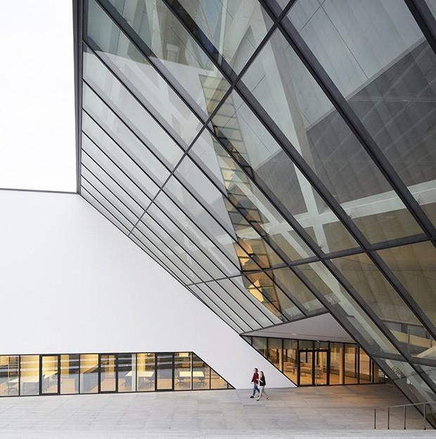 daniel_libeskind_assina_projeto_de_museu_na_lituania_4