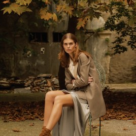 LOfficiel-Turkey-November-2018-Sandra-Schmidt-Tugberk-Acar-4