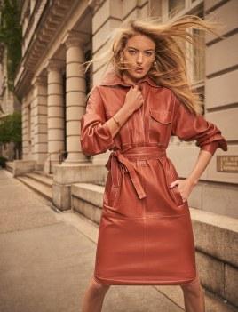 Martha-Hunt-Harpers-Bazaar-Kazakhstan-Danny-Cardozo-8