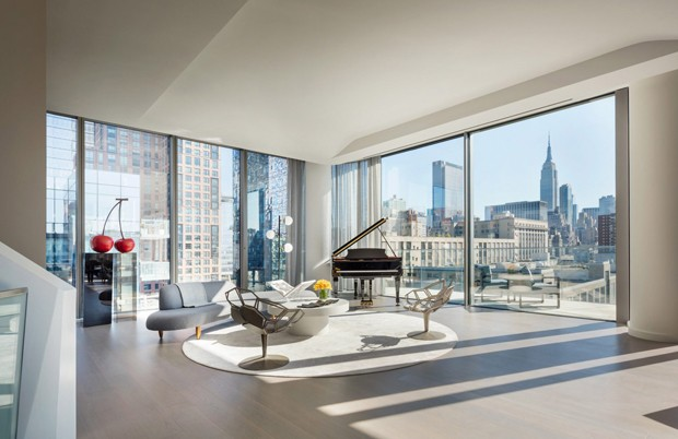 penthouse-photography-zaha-hadid-520-west-28th-new-york-condo_dezeen_2364_col_2-1704x1136